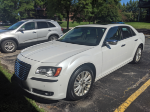 Exterior Detailed Chrysler 300 Front